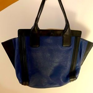 Chloe Alison East-West Colorblock Tote Bag in Navy
